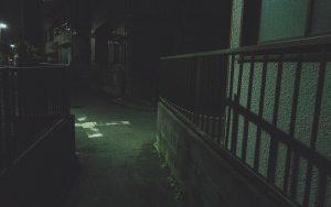 【シリーズ・都市伝説】未来をも教えてくれる…?謎の男の子「さとるくん」